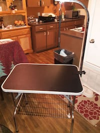 Brand new pet grooming station $150 retail