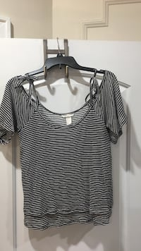 Black and white striped scoop-neck shirt West New York, 07093
