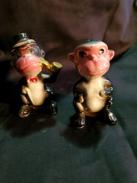 Antique monkey salt and pepper shakers Waldorf, 20601