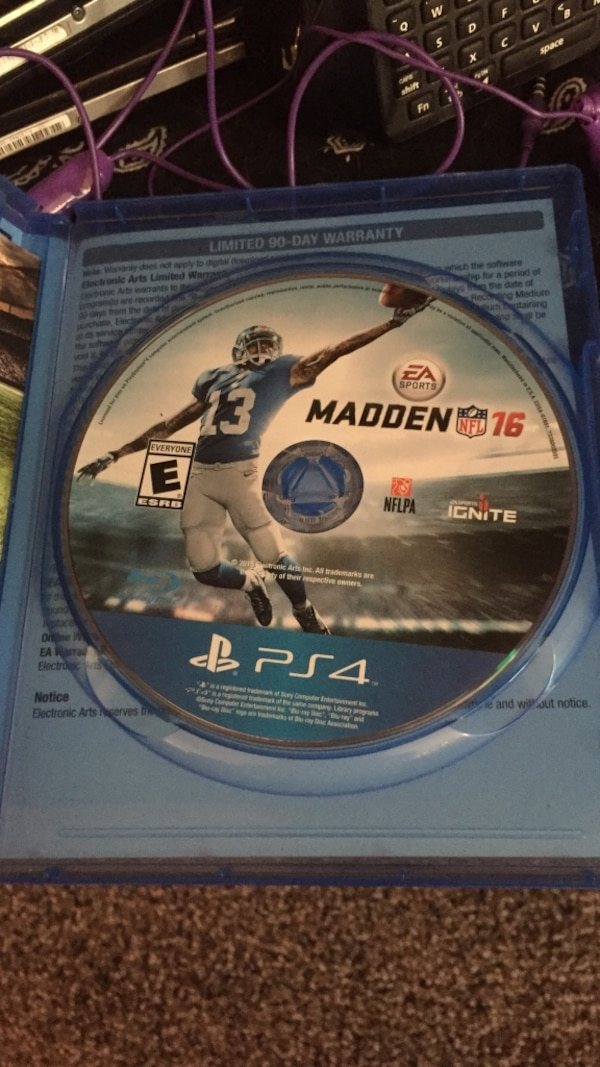 Madden NFL 16 PS4 game disc