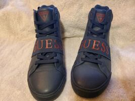 Men's Guess shoes 9 1/2