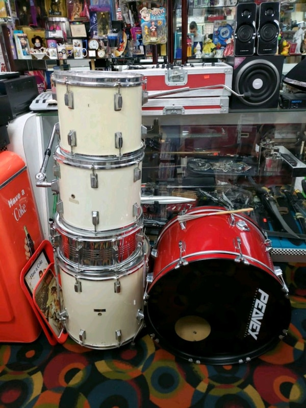 Drum set (also sold separately)