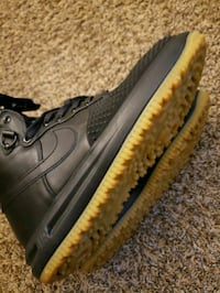 pair of black Nike Air Force 1 mid shoes Frederick, 21702