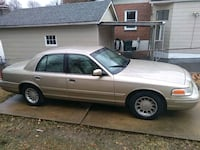 2000 Ford Crown Vic St. Louis, 63109