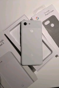 Google Pixel 3 64GB Clearly White $400 Mint Condition with Case Toronto, M5V 0G8
