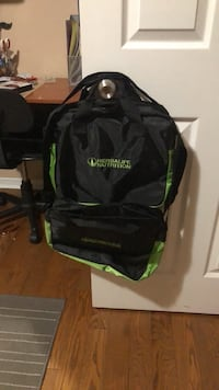 black and green Under Armour backpack Mississauga, L5N 6J8