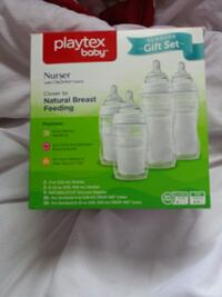 Playtex bottles with liners  Winnipeg, R3L 0V8