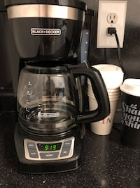 Black & decker coffee pot  Boston
