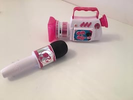 BARBIE ANCHOR NEWS TV CAMERA