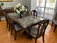 Dinning room table/8 chairs Saint Cloud, 34771
