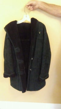 black button-up coat 539 km