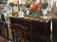 Mahogany Solid Wood Carved Buffet  Bakersfield, 93311