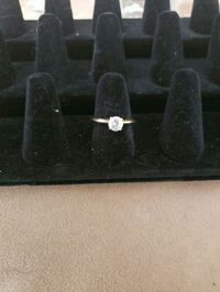 Costume jewelry ring one stone Edmonton, T5K 1T9
