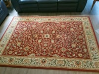 """rust and white oriental rug.   94""""X63""""  Great cond Avon Park, 33825"""