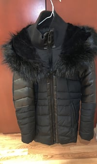 Black winter jacket from noize(negotiable) Hampstead, H3X 4A6