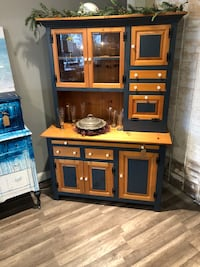 Kitchen hutch/bakers bench  Locust Valley, 11560