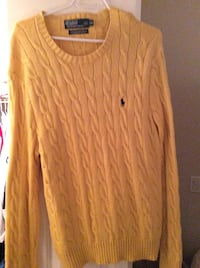Large yellow Polo knit sweater Vancouver, V6B 1G2