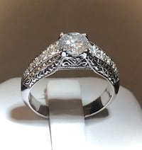 14k gold custom crafted diamond engagement ring^Certified at $8,400 Vaughan, L4J 3M8