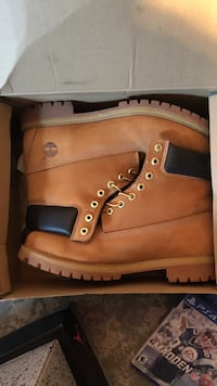 Like new timberlands 68 km