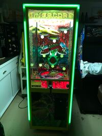 Dinascore arcade game Lakewood, 90713