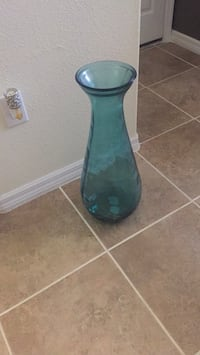 green and black glass vase Tampa, 33647
