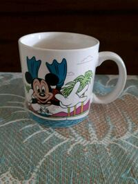 Vintage Mickey Mouse diving coffee mug. Whitby, L1P 1A1