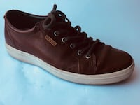 Brown leather pair of Ecco's Portland, 97202
