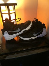 pair of black-and-white Nike basketball shoes Parma Heights, 44130