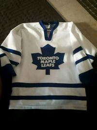 white and blue Toronto Maple Leafs jersey Windsor, N8T 2Z5
