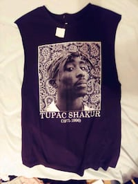 XL 2PAC MUSCLE SHIRT Winnipeg, R2K 2Z4