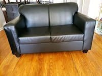 Black leather couch and love seat, great condition Mississauga, L5C