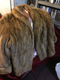 Vintage real mink fur coat  Ashville, 43103