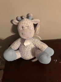 BNWT blue giraffe with rattle  Surrey, V3S 0R6