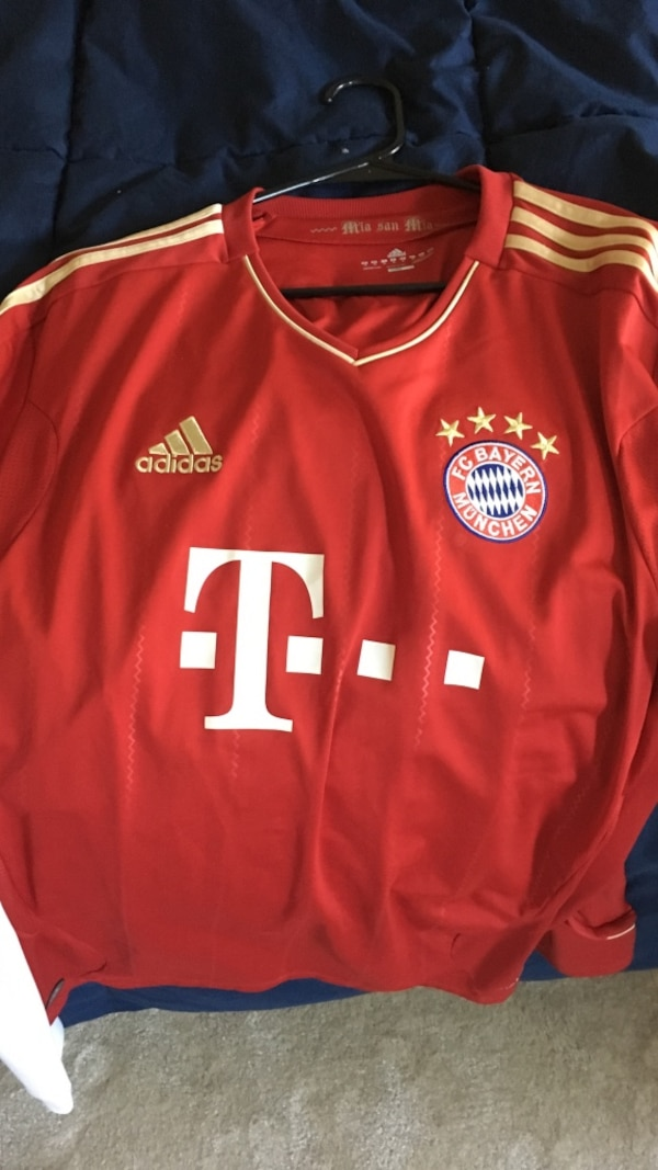 new arrival 60f4e 28421 adidas red t mobile fc bayern munchen jersey shirt