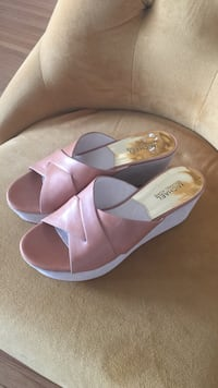 Michael Kors leather wedges size 8 1/2 Anaheim, 92805