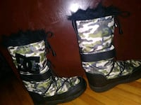 DC size 10 winter boots Minneapolis, 55408