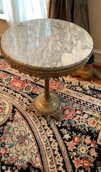 Antique mini table with marble top
