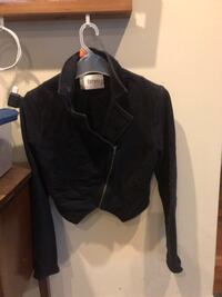 Ladies small Black waist jacket  Port Moody, V3H 2W7