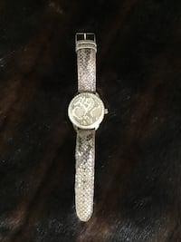 EUC Guess watch  $40 NO HOLD FIRMED PRCE Ajax, L1S 3M5