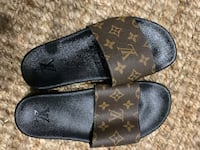 Louis Vuitton sliddlers. Brand new!! Size 9.  Wilmington, 19804