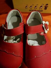 Little girl shoes size 7 Providence, 02909