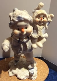 "8"" Inch Tall Antique Snow Man With Baby FIGURINE Brampton, L7A 3M2"