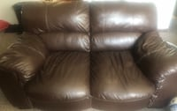 Brown leather sofa and Loveseat Lincoln, 68504