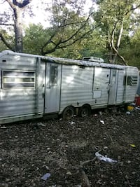 white and gray camper trailer Kirbyville, 65679