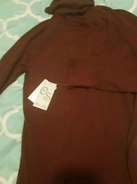 Brand new dark burgundy Olivia sky turtleneck size Kentwood, 49508