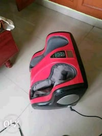 baby's red and black car seat carrier Chennai, 600041