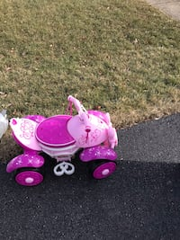 Pink and purple minnie mouse ride on toy