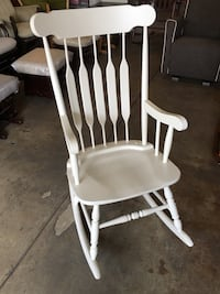 Solid wood white painted rocking chair Los Angeles, 90028