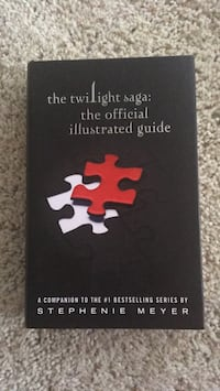 The Twilight Saga: The Official Illustrated Guide Austin, 78749