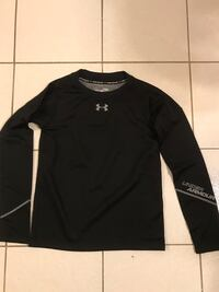 Youth large underarmour heat gear. Mississauga, L5J 0A3